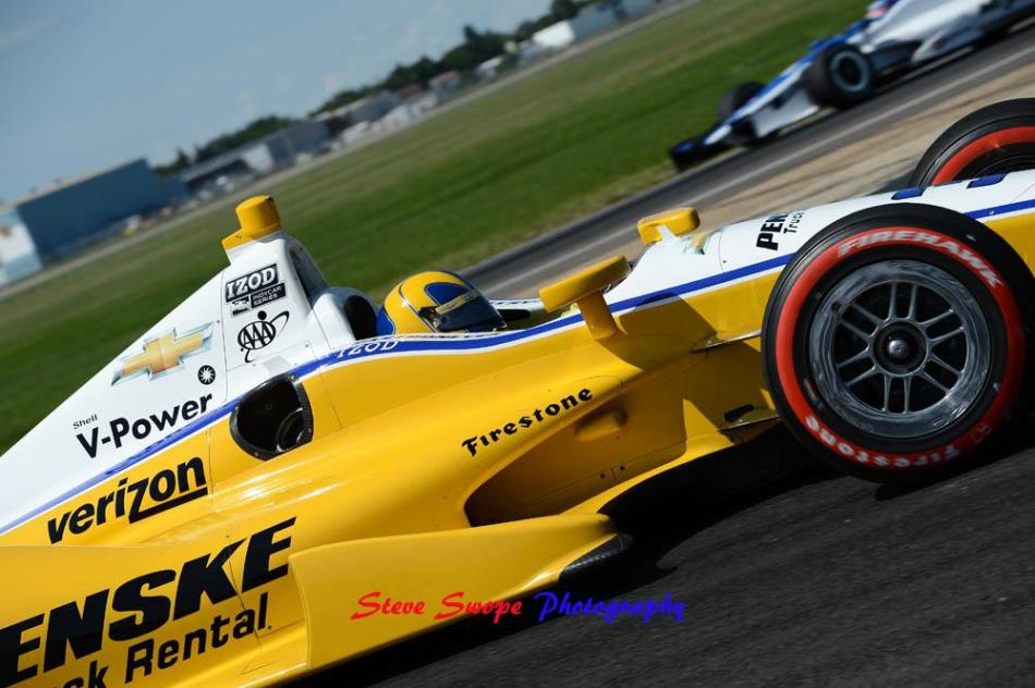 Helio Castroneves takes over second place in the championship points race